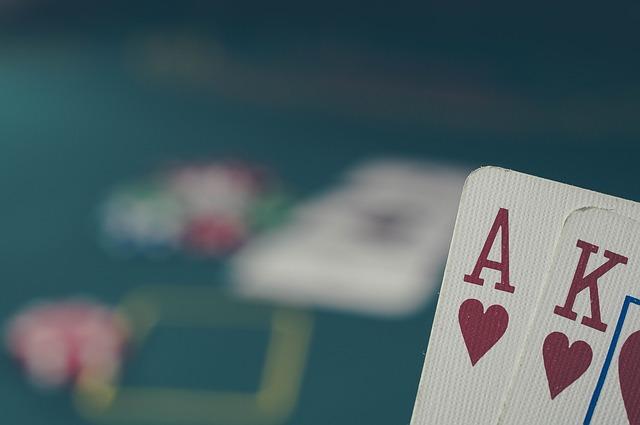 Le bluff: une arme redoutable dans le poker mais aussi dans d'autre jeux