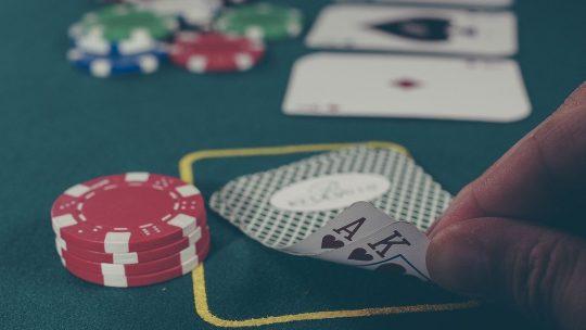 Conseils pratiques pour jouer au poker ?
